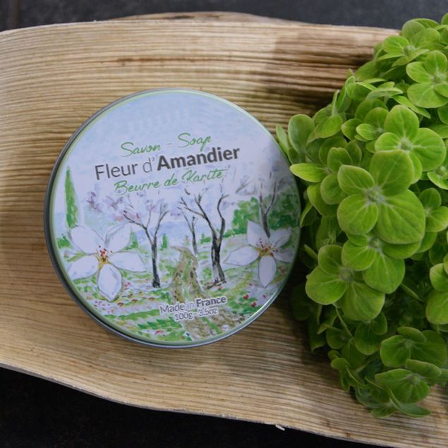 savon-fleur-damandier-en-boîte-métal
